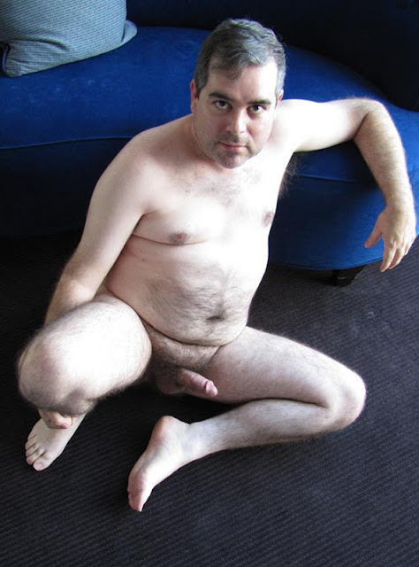 fanmale11+029 Chubby Guy Showing Cock and Ass