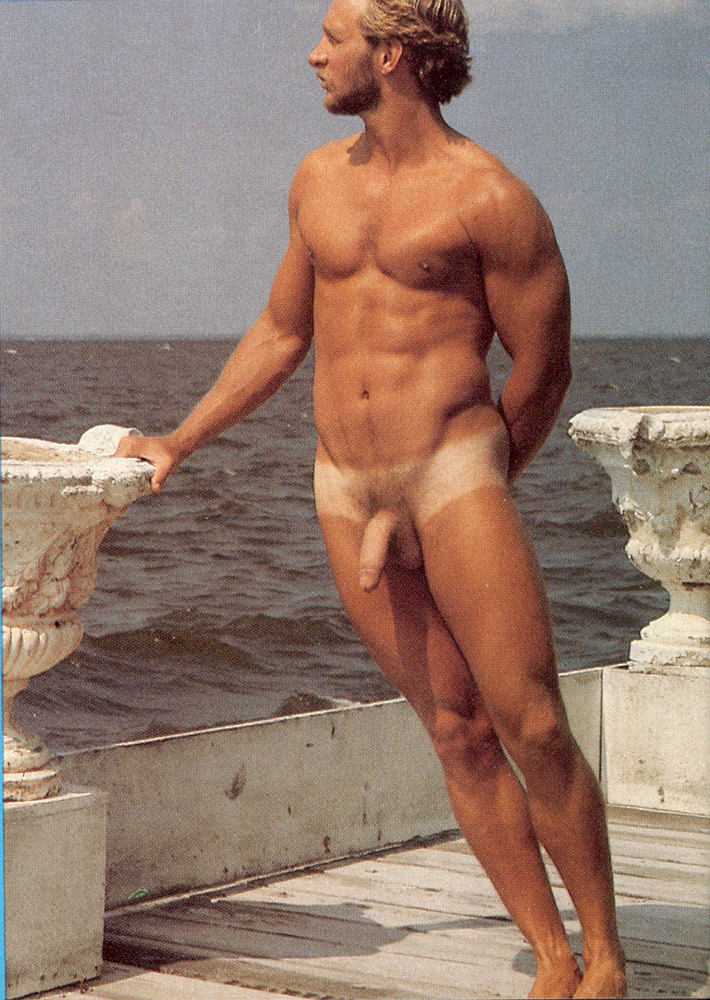 exhibitionist flasher gay male