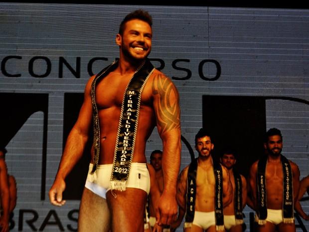 Catarinense foi eleito o Mister Brasil Diversidade 2012 (Foto: Josi Geller/ Divulgação)
