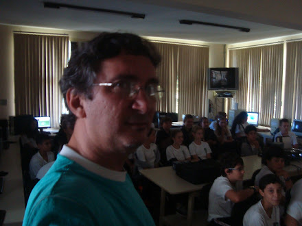 EMEF Alberto Bauer - Sala Informatizada