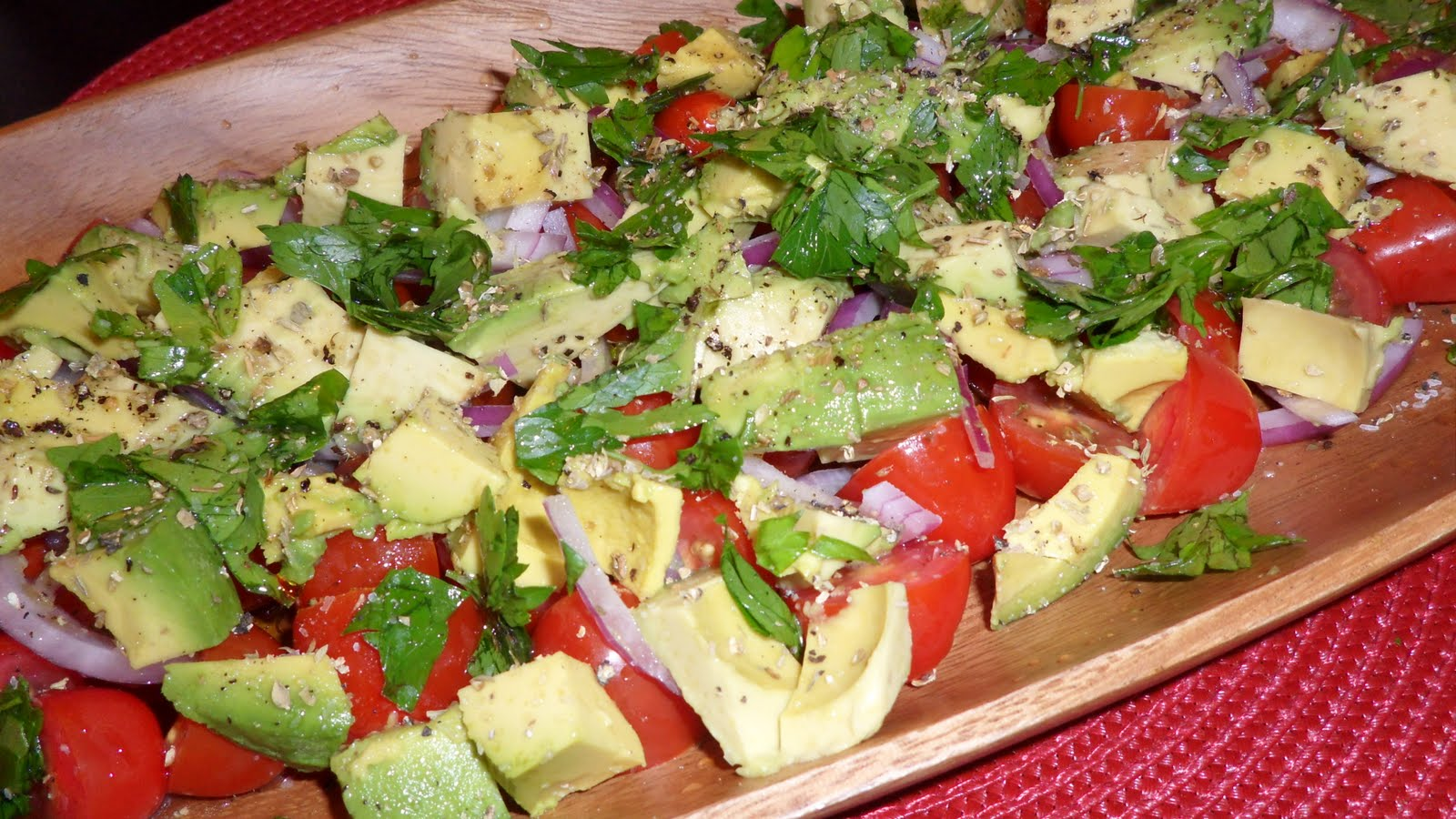 Random Acts of Food: Tomato, Onion & Avocado Salad