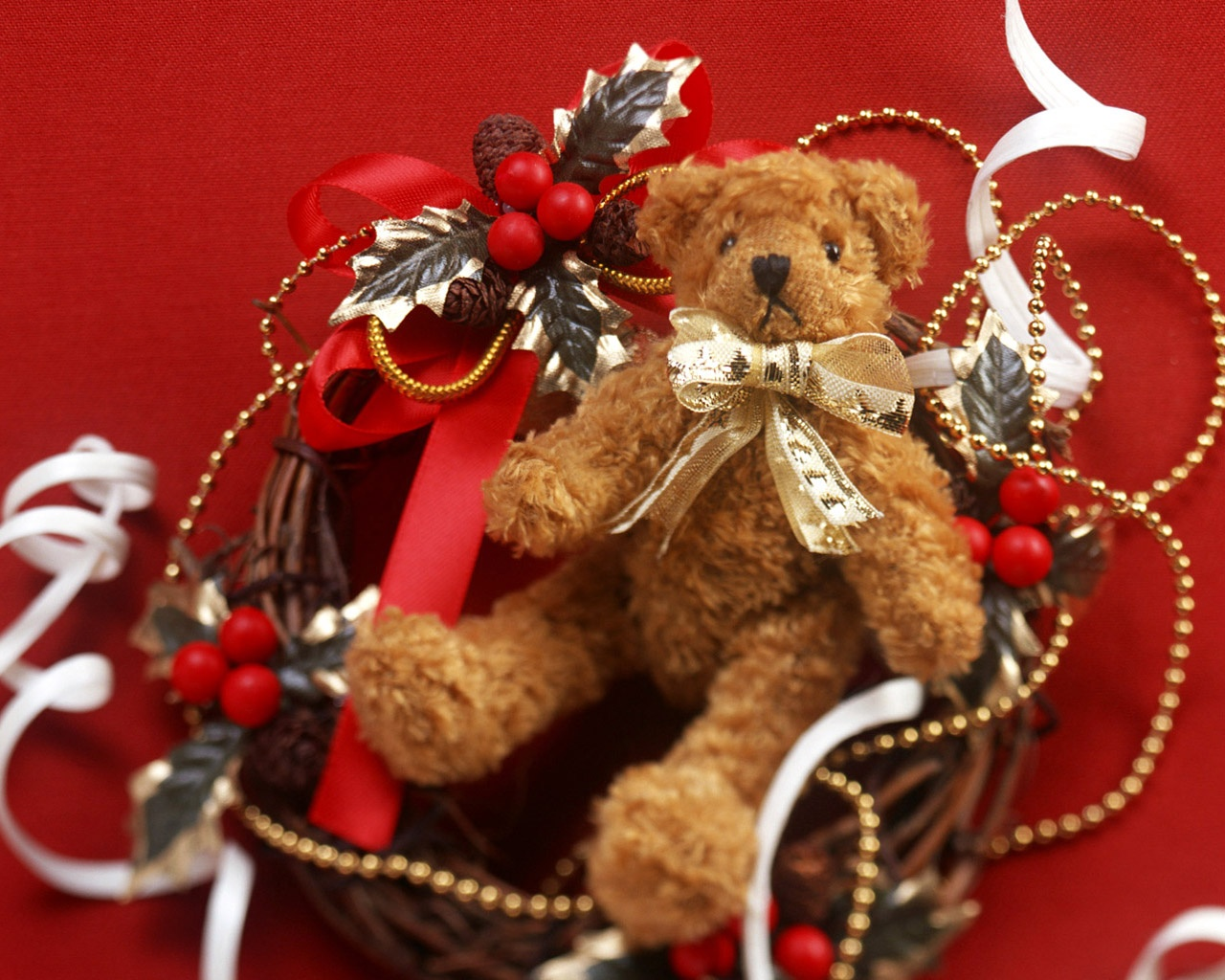 http://4.bp.blogspot.com/-J7mZ5RajiH4/UCqLzNEfJlI/AAAAAAAAK2U/xIv0dOeQykw/s1600/teddy_bear_wallpapers+(8).jpg