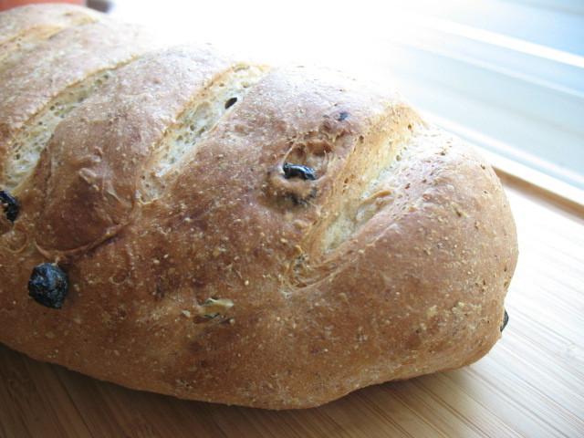 The Messy Apron: Rosemary Raisin Rye Bread
