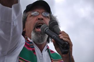 El sacerdote Rogelio Cruz manda al pueblo a reclamar la nulidad las acciones de Antena Latina
