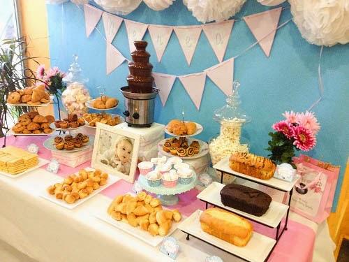Mesa dulce para el bautizo de nerea tarta chic - Hacer mesa dulce bautizo ...