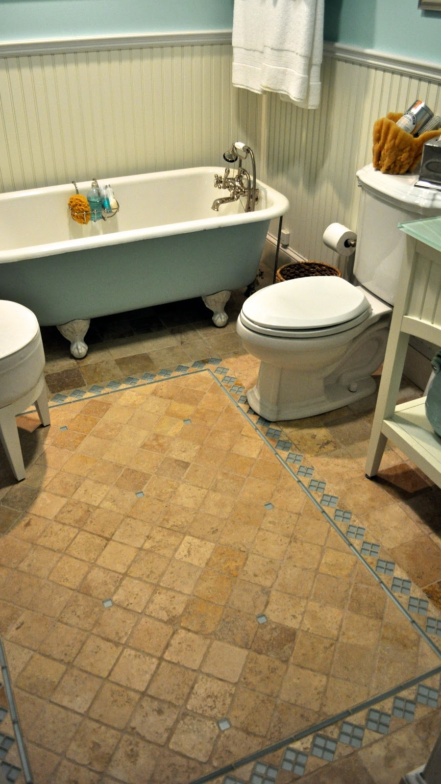 Cottage Style Bathroom Floor Tile : Sopo cottage tile style creating rug borders