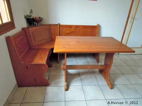 Exceptionnel Table Avec Banc Cuisine. Pourquoi Choisir Une Table Avec Banquette  TS25