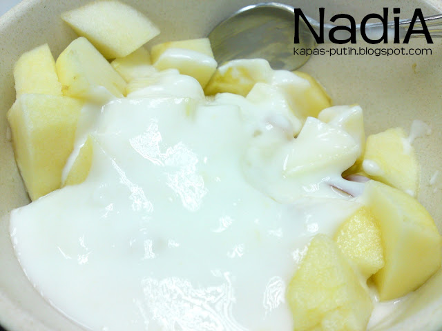 yogurt bersama apple dan pear