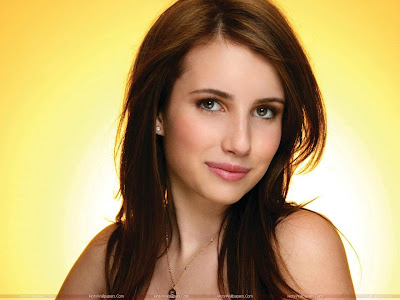Emma Roberts Actress Hot Wallpaper