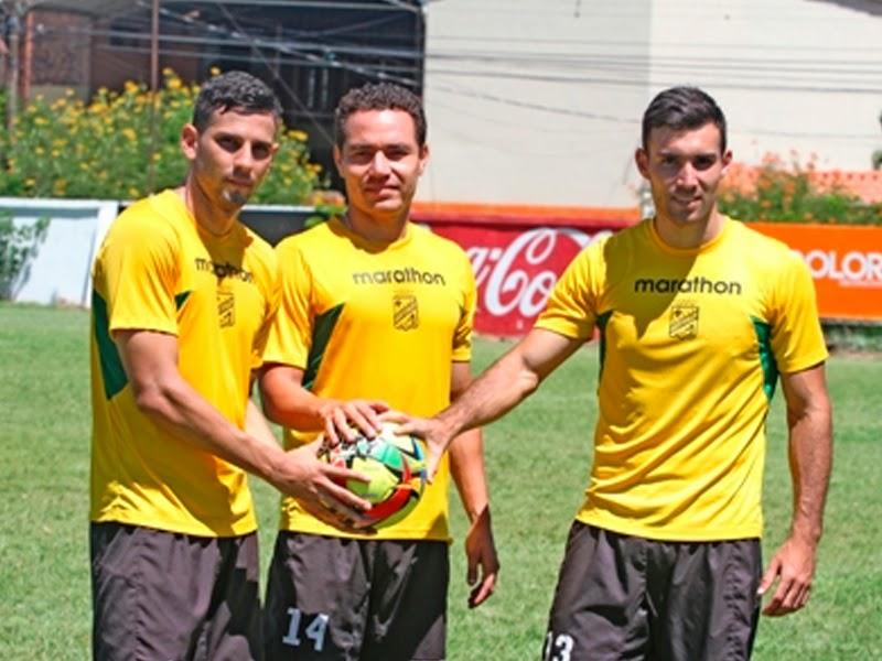Oriente Petrolero - Alejandro Meleán - Gualberto Mojica - Danny Bejarano - DaleOoo.com página del Club Oriente Petrolero