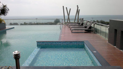 swimming pool the gallery jomtien