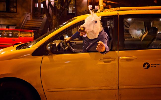 Το ενδεχόμενο μανιακός να πυροβολεί οδηγούς ταξί εξετάζει η Αστυνομία