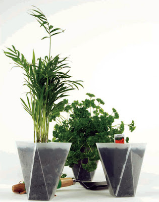 Modern Planters and Creative Flowerpot Designs (15) 15