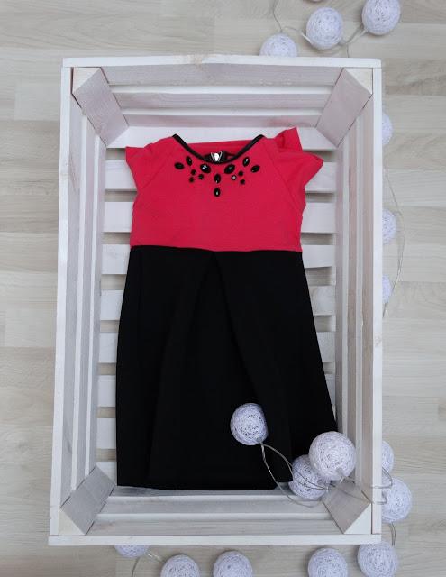 sukienka neoprenu