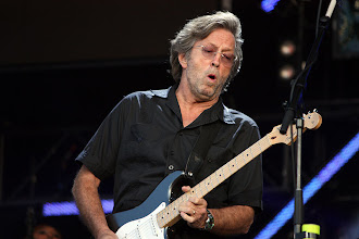 Eric Clapton canta a una esperanza que quiere construir