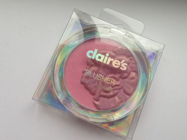 Claire's blusher.