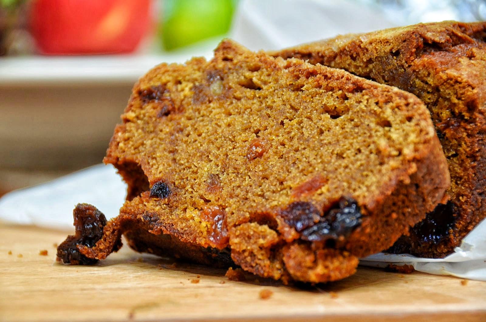 Sugar and Spice Pumpkin Bread Sliced | Cheesy Pennies