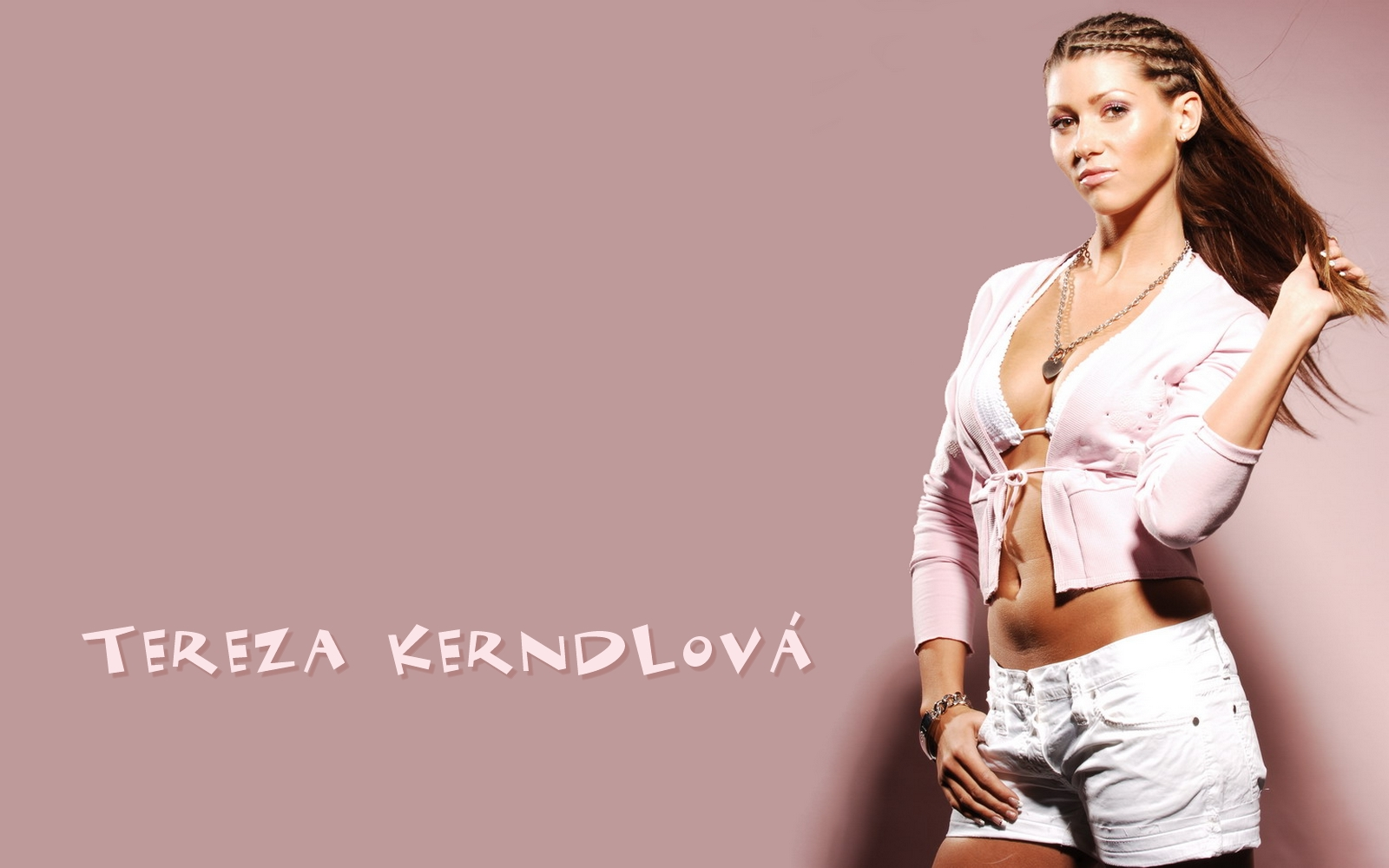Tereza Kerndlova Nude Photos 42