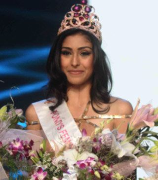 Femina Miss India 2013 winners Navneet Kaur Dhillon