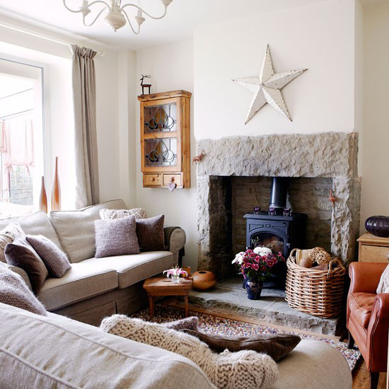 This living room just couldn't get any cozier (photo by Brendt Darby)