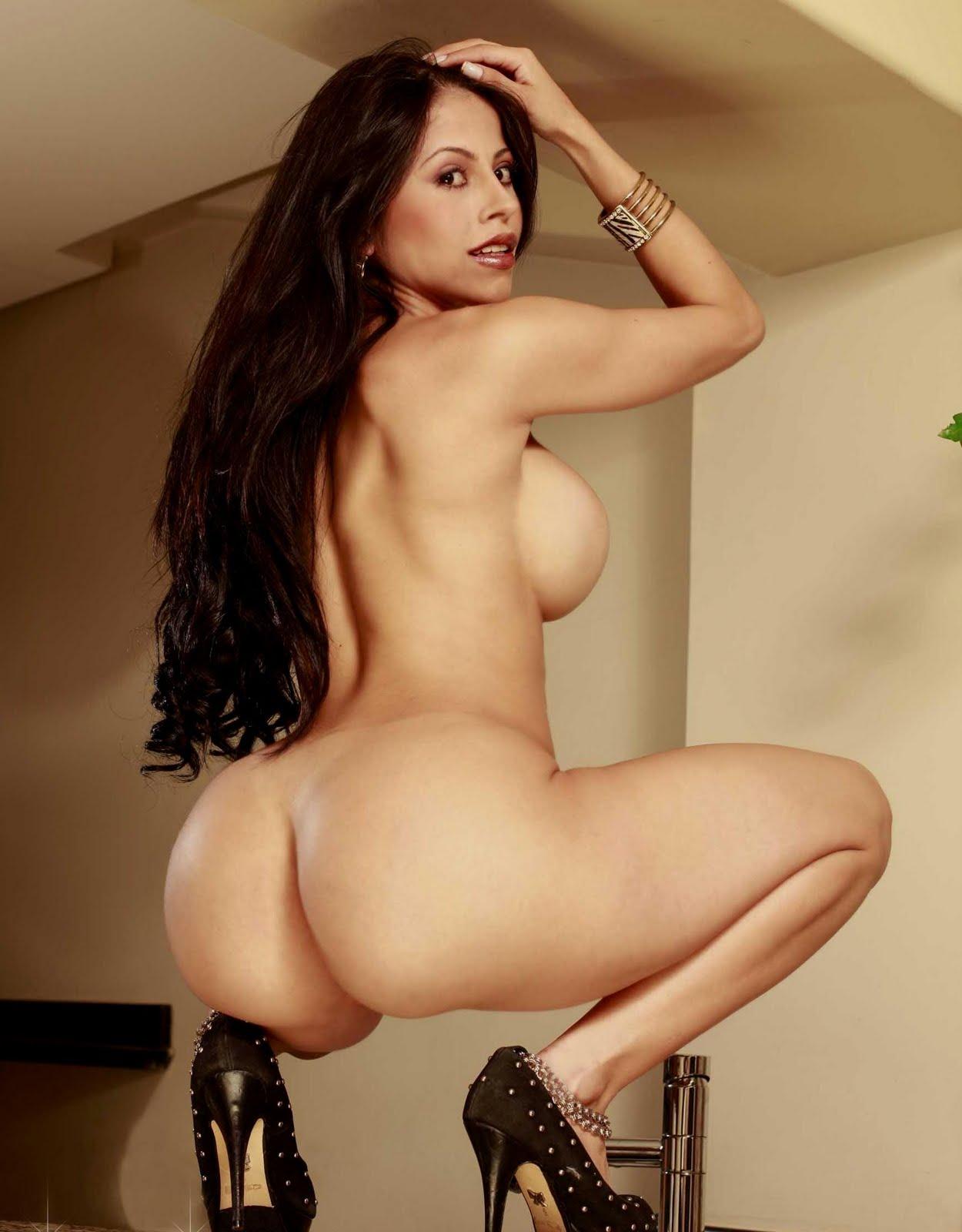 Brenda P Rez Pletamente Desnuda