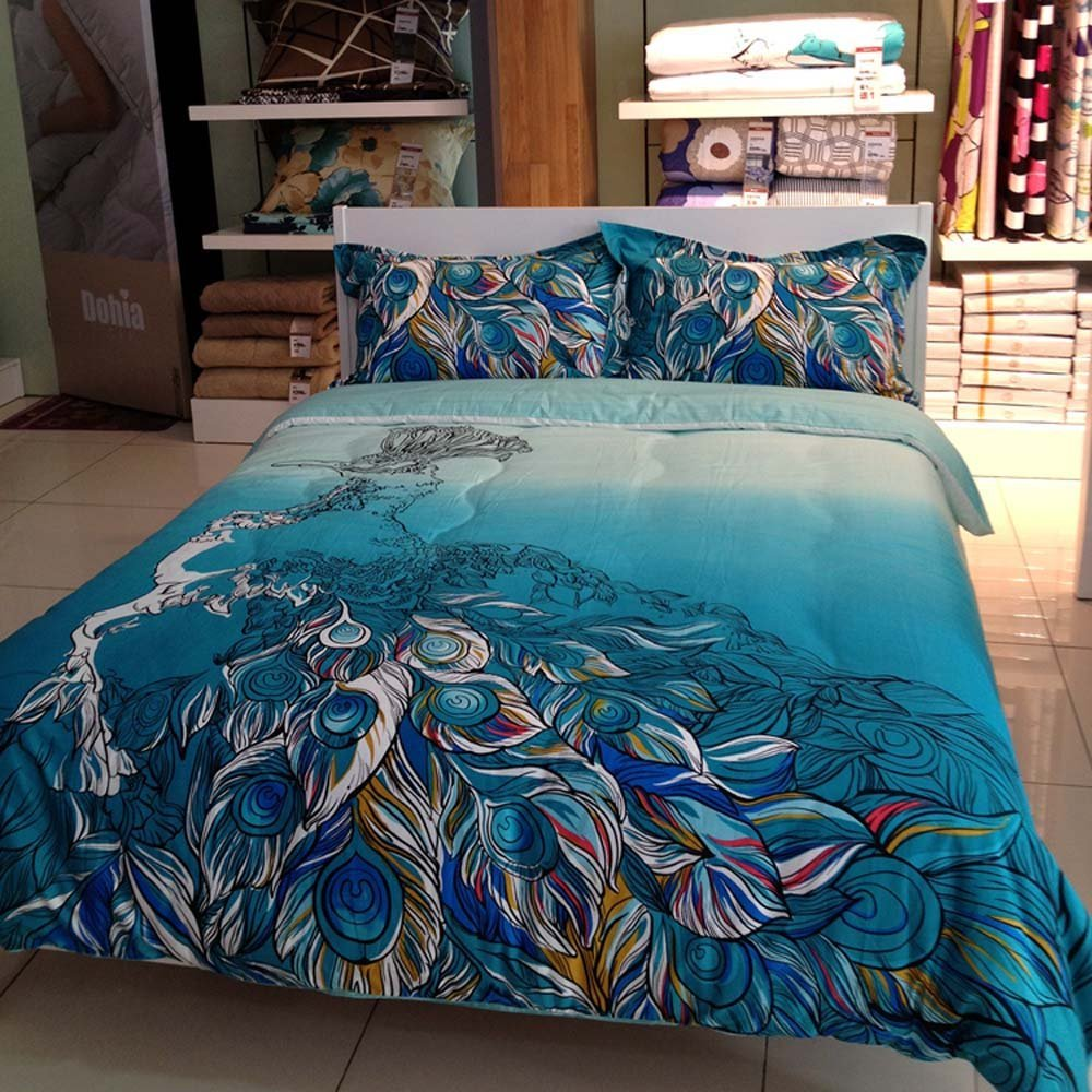 Lovely Peacock Feathers Themed/Print Bedding Set: Peacock Blue Colored