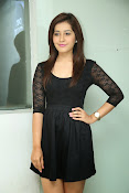 Rashi Kanna latest glam pics-thumbnail-13