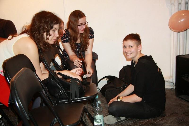 Networking urodzinowego spotkania Geek Girls Carrots Łódź, kobiety, rozmowy