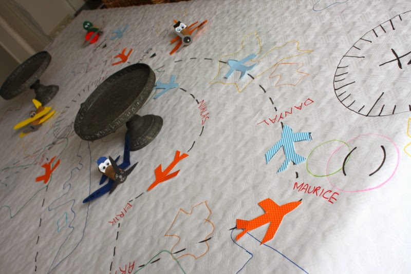 PLANES table cloth and DIY aircrafts
