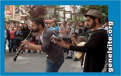Ankara'nın mobil müzik servisi Koray avcı ve ekibi