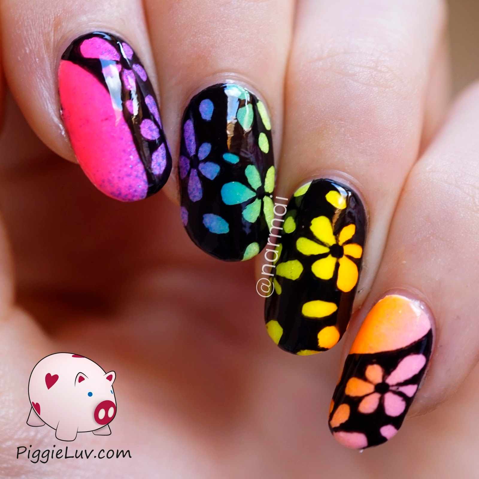 PiggieLuv: Inverse glow in the dark flowers nail art