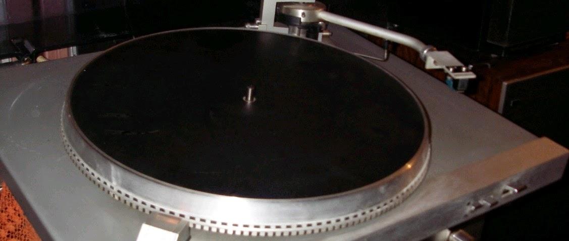 gramofon%2BRIZ%2BGM%2B7600%2B2.jpg