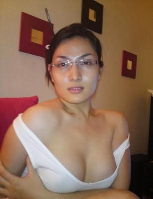 Cerita: Tante Mirna Seksi Guru Sexku - 1