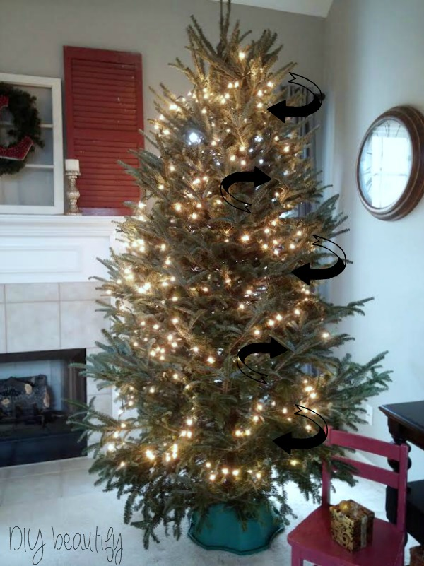 How to put lights on Christmas Tree at DIY beautify blog