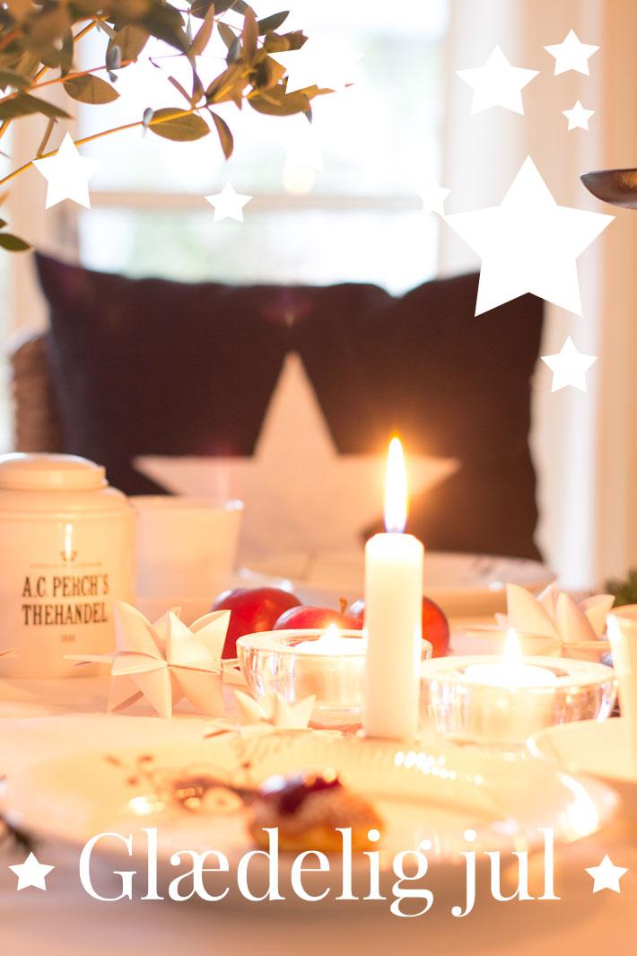 24 dezember frohe weihnachten gl delig jul merry. Black Bedroom Furniture Sets. Home Design Ideas