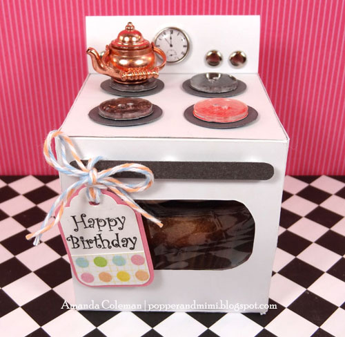 DIY Oven Cupcake box with FREE cut file. | popperandmimi.com