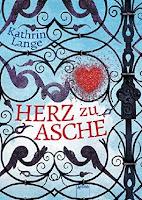 http://www.arena-verlag.de/artikel/herz-zu-asche-978-3-401-60033-8
