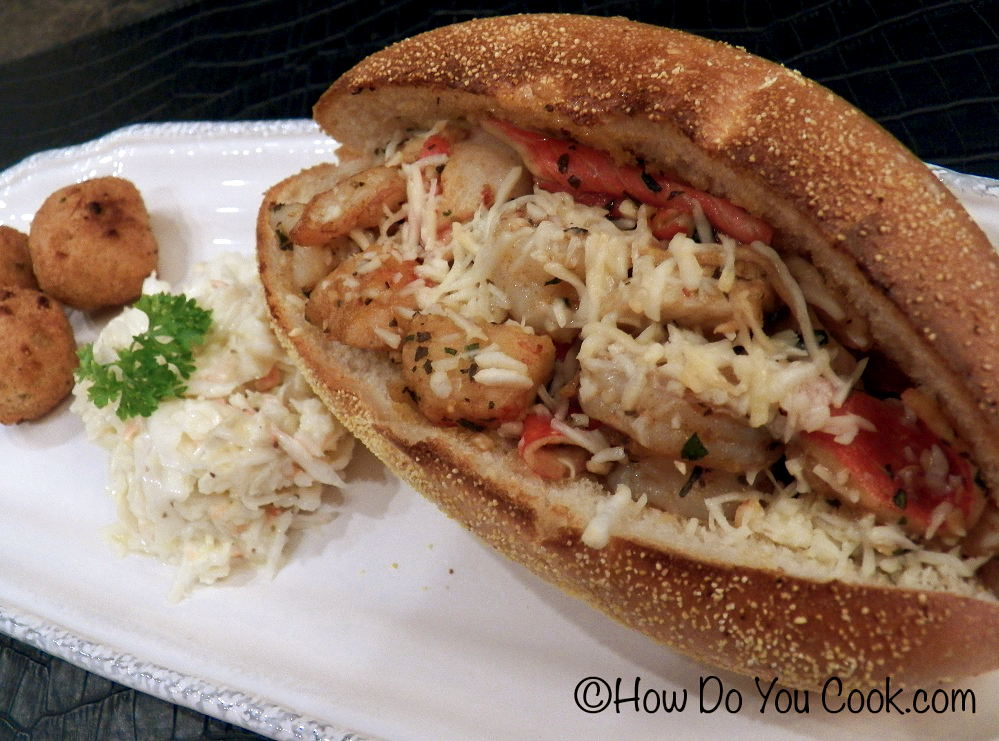 How Do You Cook.com: Shrimp and Crab Po'Boy Sandwich