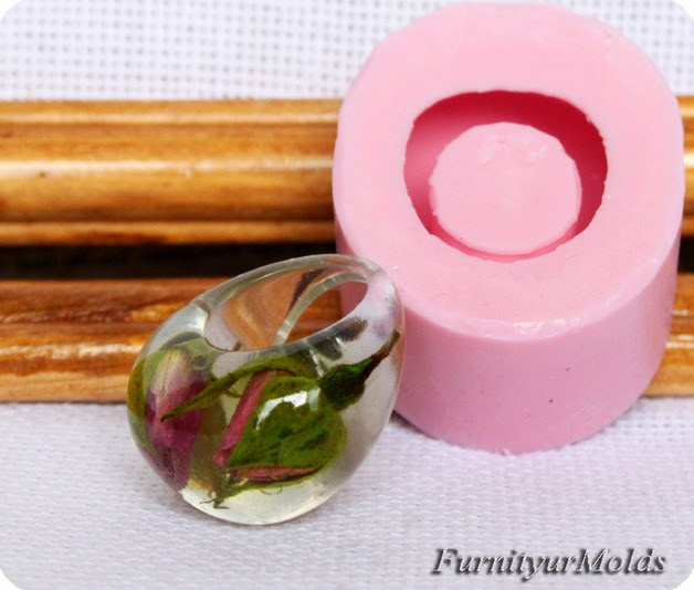 http://en.dawanda.com/shop/FurnityurMolds/1942846-Resin-rings