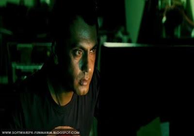 talaash movie story