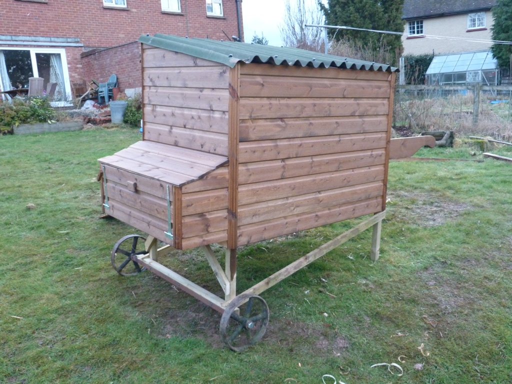 An english homestead movable chicken coop finished for Diy movable chicken coop