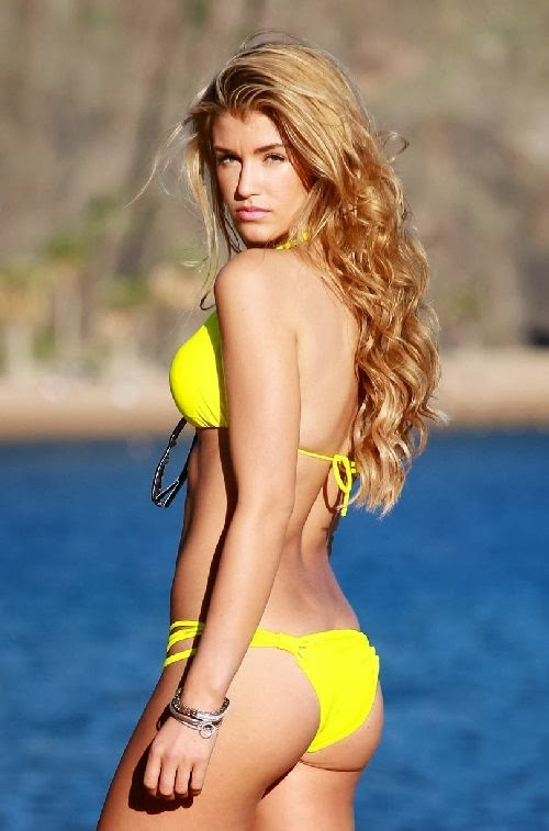 English:Amy Willerton Yellow Bikini Yoga Tenerife Spain