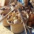 भारत में अपना वजूद खोती हुई  हाथों से बनी वस्तुएं