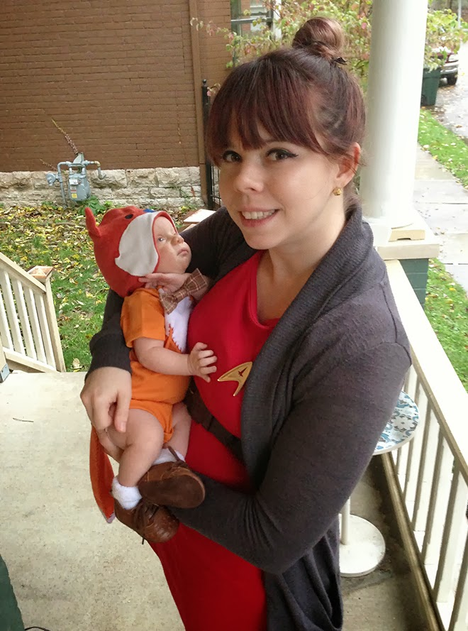 adorable baby fox costume & Mom's Star Trek costume made from custom and store bought materials. via, Oh! Hopscotch!