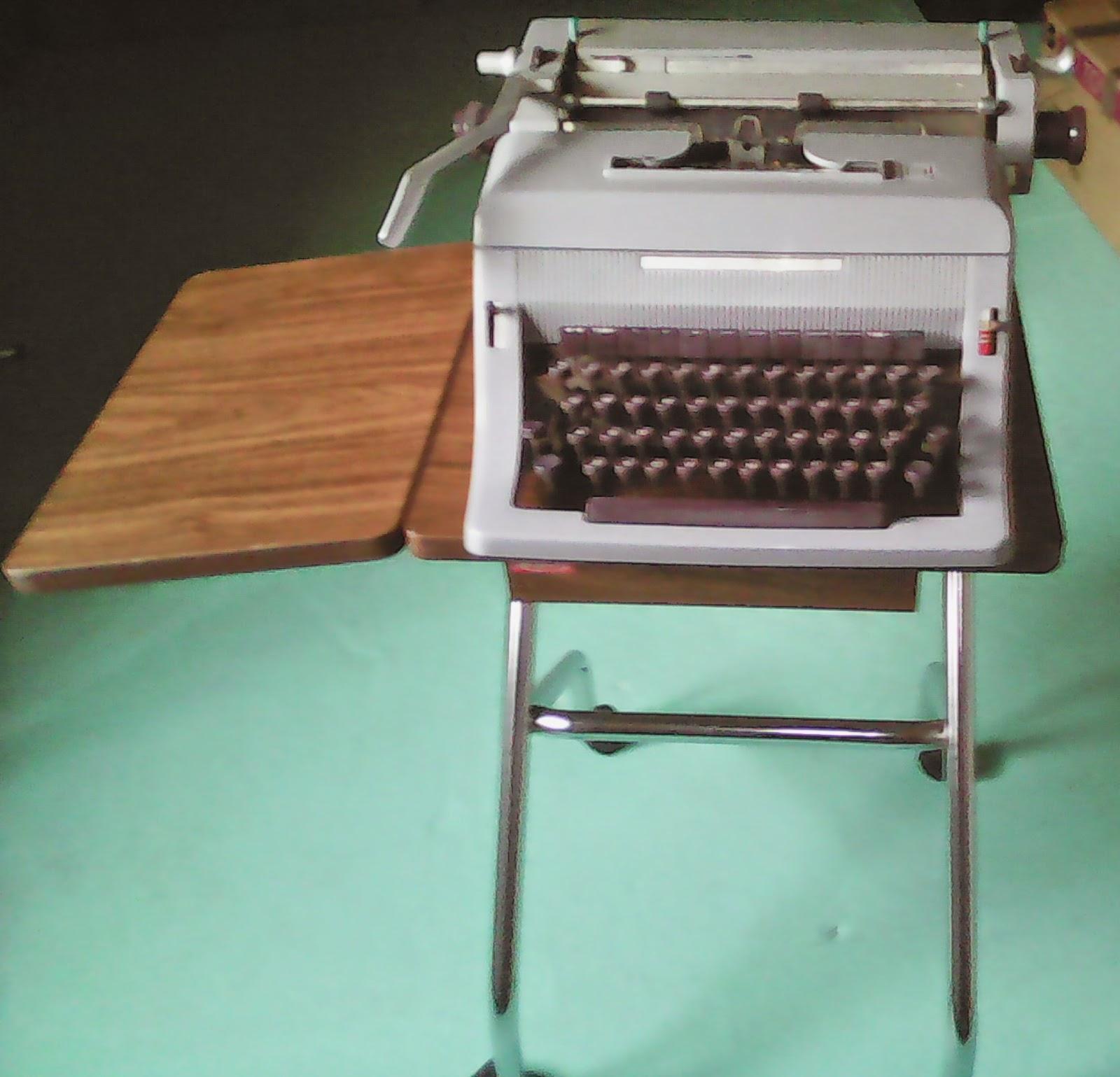 O desv n vintage do pereiro m quina de escribir - Desvan vintage ...