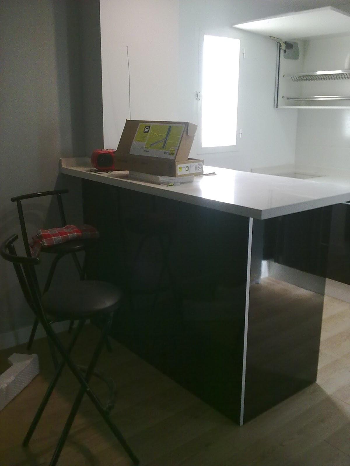 Carpinteria los molinos fotos cocinas - Mesas abatibles de pared ...
