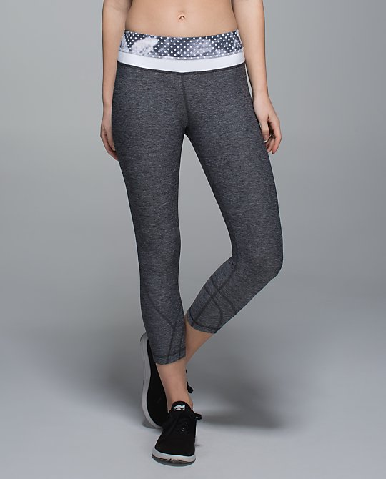 lululemon heathered black inspire crop