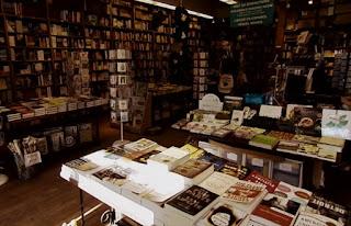Trang Tien street bookstore