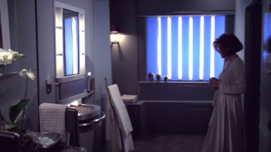 Can You Handle The 9 Worst Bathrooms In Science Fiction