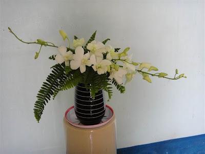 Hoa để bàn làm việc 08